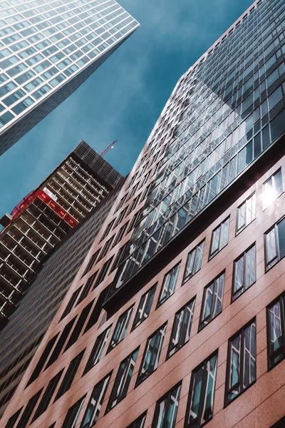 Marché : La rénovation des bâtiments tertiaires : public et privé
